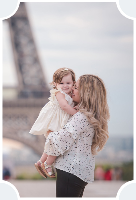 Family Photo Sessions Gallery - Pictours Paris